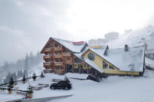 КРЕМІНЬ - Hotel - Dragobrat