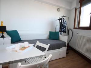 Appartement Chamrousse, 1 pièce, 2 personnes - FR-1-549-56