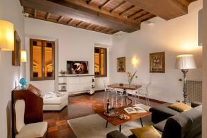 Romano Condotti Suite - abcRoma.com