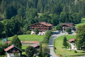 Gasthaus Mitterjager - Hotel - Kirchdorf