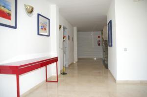 Apartamentos Centremar, Апартаменты  Л'Эстартит - big - 32