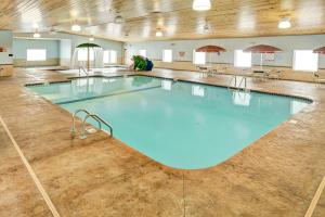 GuestHouse Inn & Suites Rochester