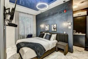 Room in Apartment - Studio Downton Musees District