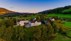Dale-Gudbrands Gard Kurs & Konferansesenter - Hotel - Sør-Fron