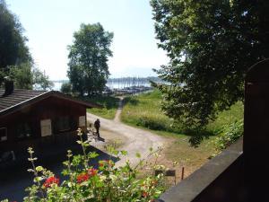 Zum Fischer am See, Penzióny  Prien am Chiemsee - big - 33