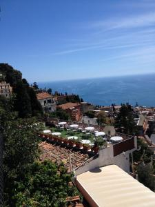 Villa Greta Hotel Rooms & Suites, Hotels  Taormina - big - 15