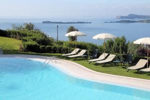 Residence Borgo Degli Ulivi, Apartmánové hotely  Gardone Riviera - big - 33
