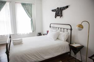 Object Hotel 1BR Shared Bath Room 2D