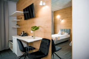 Hotel 107