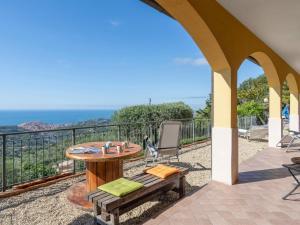 Locazione Turistica Casa della Mimosa - IMP436 - AbcAlberghi.com