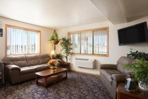 Super 8 by Wyndham Johnstown, Отели  Johnstown - big - 9