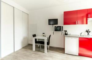 Florella République Apartment, Apartmány  Cannes - big - 45