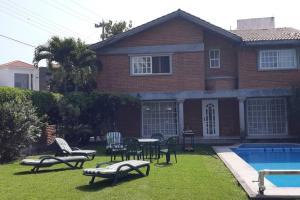 Hermosa casa en el Fraccionamiento lomas de Cocoyoc