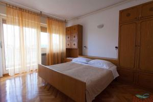 Apartment in MalinskaInsel Krk 36143