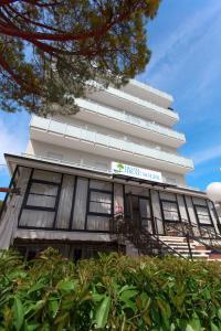 Hotel Beau Soleil, Hotels  Cesenatico - big - 57