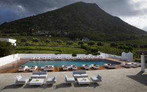 Capofaro Locanda & Malvasia, Hotels  Malfa - big - 38