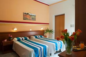 Hotel Dolly - AbcAlberghi.com