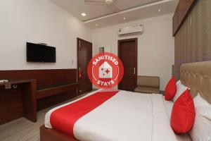 Capital O 2594 Hotel Kanchan Residency