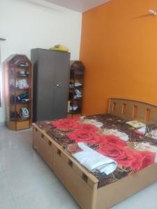 1st Floor, House No C156, Sector E Aliganj,