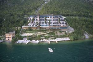 EALA My Lakeside Dream - Adults Friendly - AbcAlberghi.com