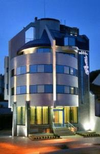 Riverside Hotel, Hotely - Yambol