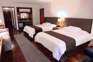 Resort Yacht Y Golf Club Paraguayo, Отели  Асунсьон - big - 69