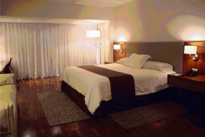 Resort Yacht Y Golf Club Paraguayo, Отели  Асунсьон - big - 59