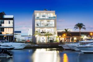 Waterfront Gem