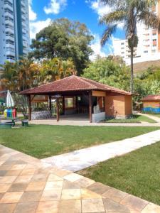 Condomínio Resort na cidade das águas sulfurosas
