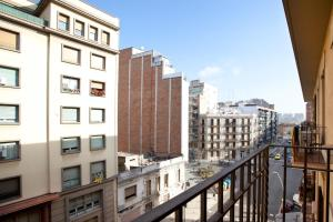 Akira Flats Clot Apartments - Barcelona