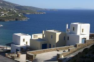 Monolithos Villas Andros Greece