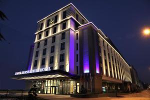 Limak Skopje Luxury Hotel