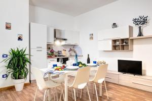 Living Times Apartment - AbcAlberghi.com
