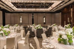 Four Seasons Hotel Shanghai at Pudong (20 of 34)