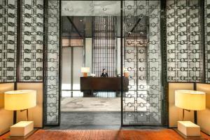 Four Seasons Hotel Shanghai at Pudong (23 of 34)