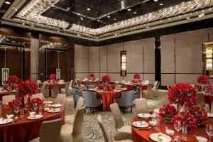 Four Seasons Hotel Shanghai at Pudong (25 of 34)