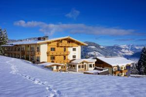 Gasthof Almhof - Hotel - Oberau