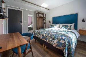 First Hotel Twentyseven (2 of 53)