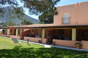 Case Vacanza Cafarella, Apartments  Malfa - big - 58