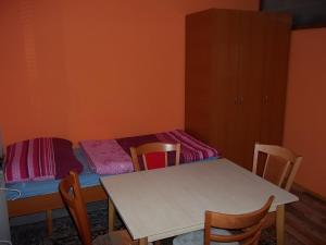Apartmány Zlín, Penzióny  Zlín - big - 15