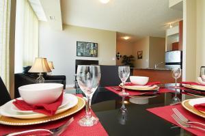 Whitehall Suites - Mississauga Furnished Apartments, Apartments  Mississauga - big - 10