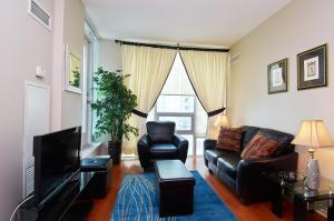 Whitehall Suites - Mississauga Furnished Apartments, Apartments  Mississauga - big - 19