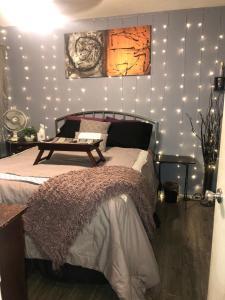 Private Furnished Room in Tempe Condo