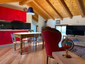A Hotel Com La Casa Al Torrente Apartment Riva Del Garda Italy Price Reviews Booking Contact