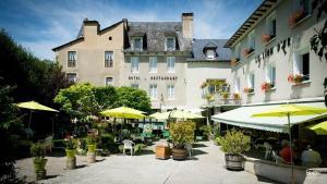 Location gîte, chambres d'hotes Hotel Le Lion d'Or dans le département Aveyron 12