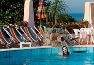 Hotel Casa Di Meglio, Отели  Искья - big - 38