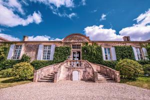Location gîte, chambres d'hotes Hotel du Château d'Arche, Grand Cru Classé de Sauternes dans le département Gironde 33