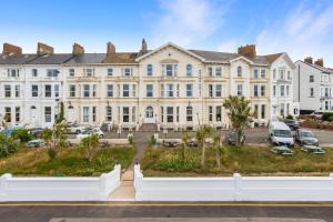 Exmouth Beach Hotel