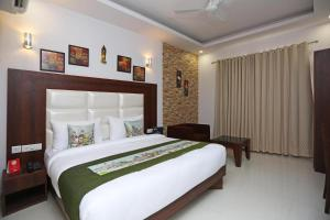 Room in Guest room - Hotel Arch -Stunning double bedroom very close to Aerocity metro station