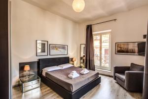 Lovely apartment with balcony in Campo de' Fiori - abcRoma.com